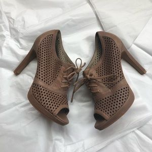 Vince Camuto Leather Peep Toe Shoes